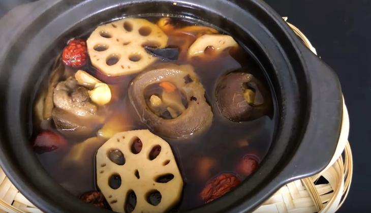 Cách làm món đuôi bò hầm thuốc bắc đơn giản và bổ dưỡng